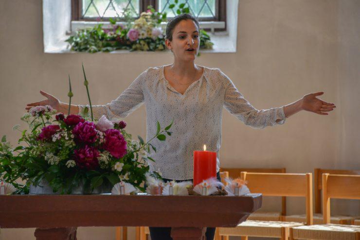 Seraina Berger spricht den Schlusssegen
